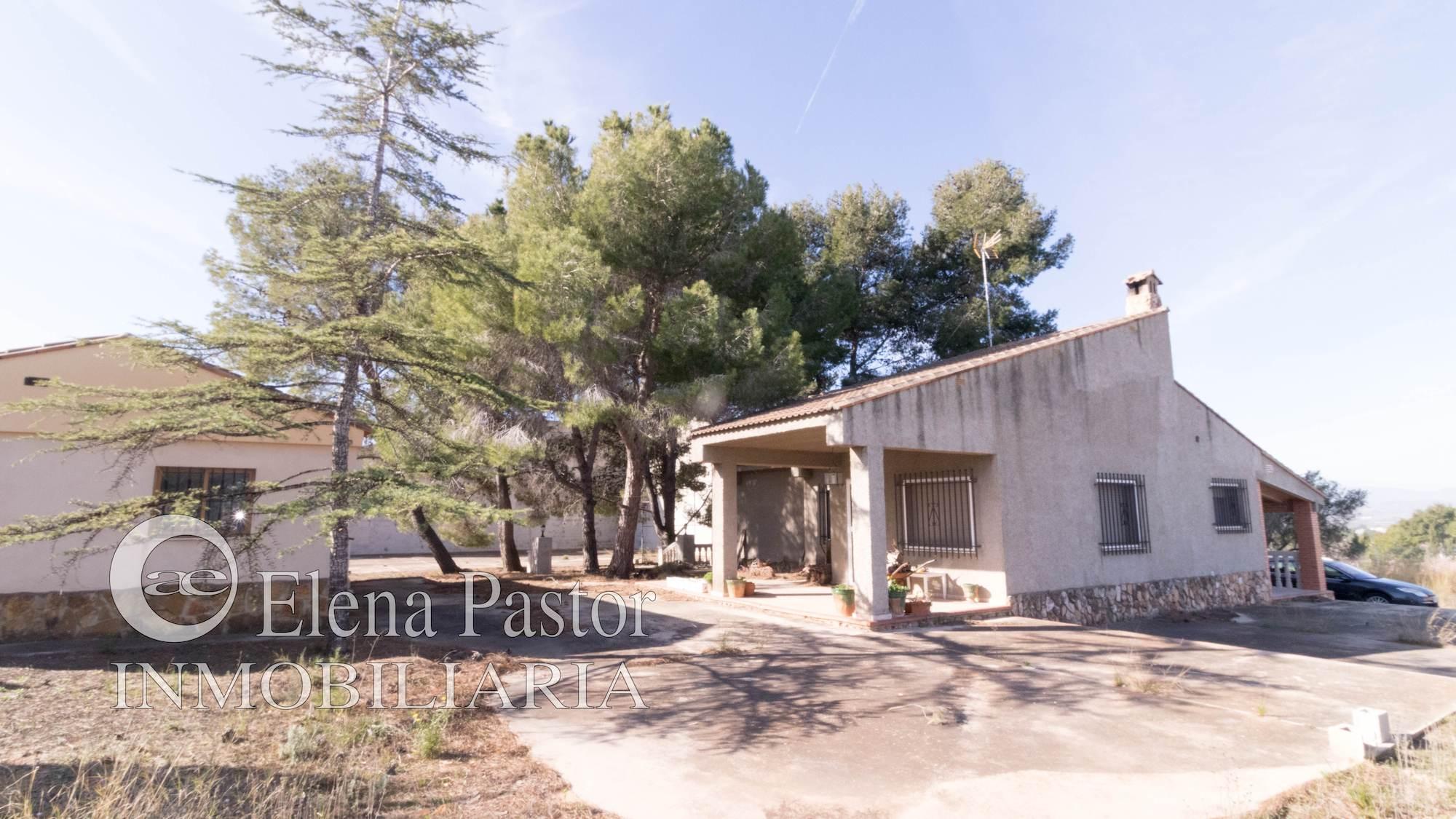 Chalet en Montserrat