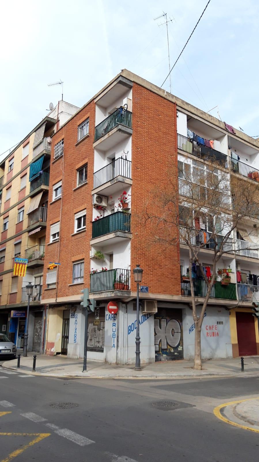 Piso en Valencia-zona Torrefiel